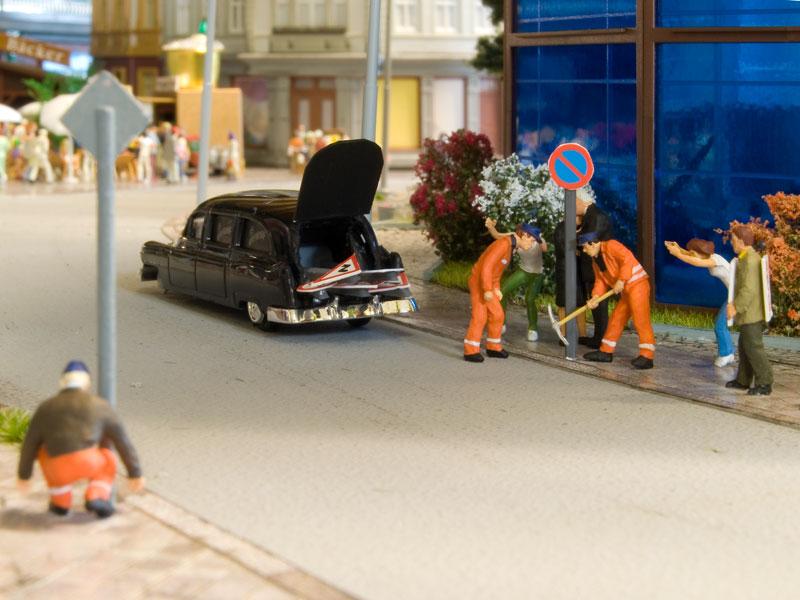 Demontage von Verkehrsschildern