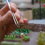 kleine Sonnenblumen für das Diorama der Grünen